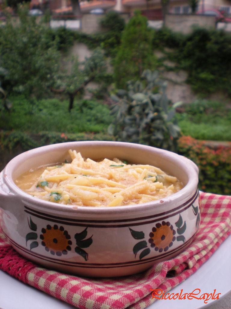 Zuppa di Spaghetti rotti e Cavolfiore