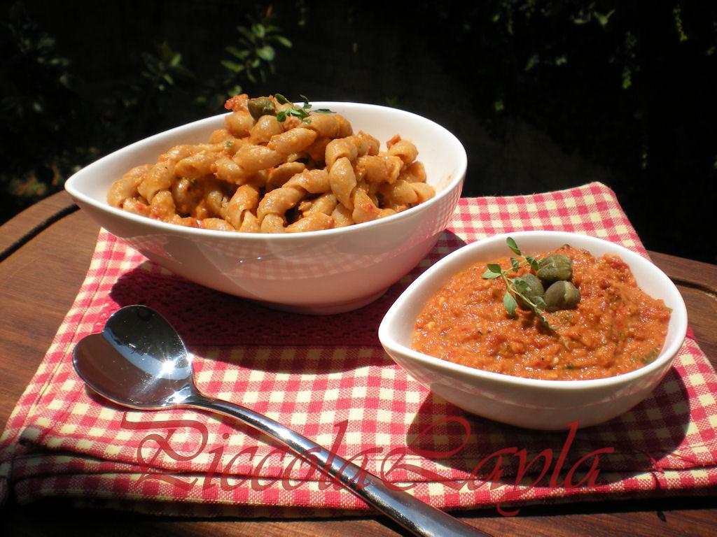 pesto di pomodori secchi e tonno (37)b