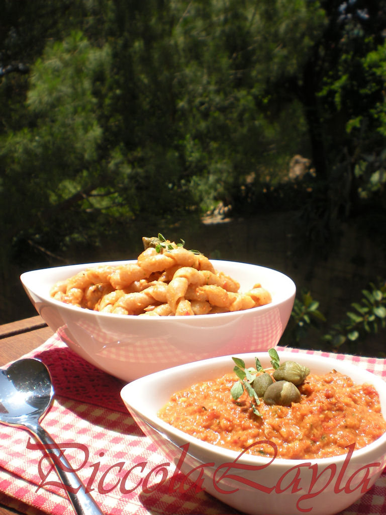 pesto di pomodori secchi e tonno (39)b
