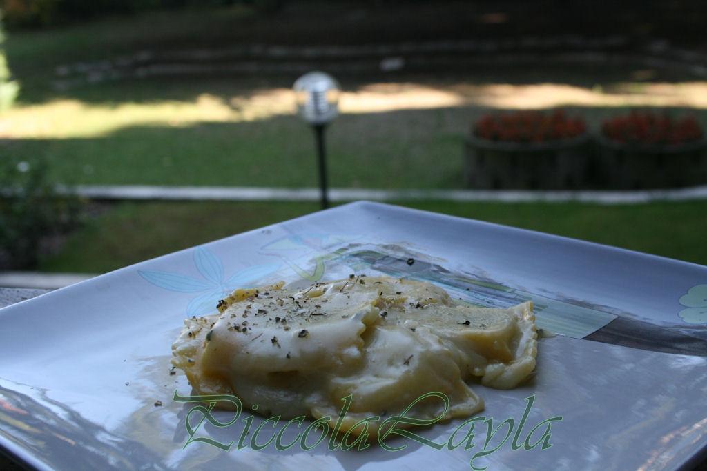 ravioli alle erbette con fonduta di castelmagno (10)b