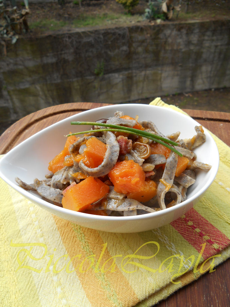 tagliolini saraceni funghi e zucca (10)b