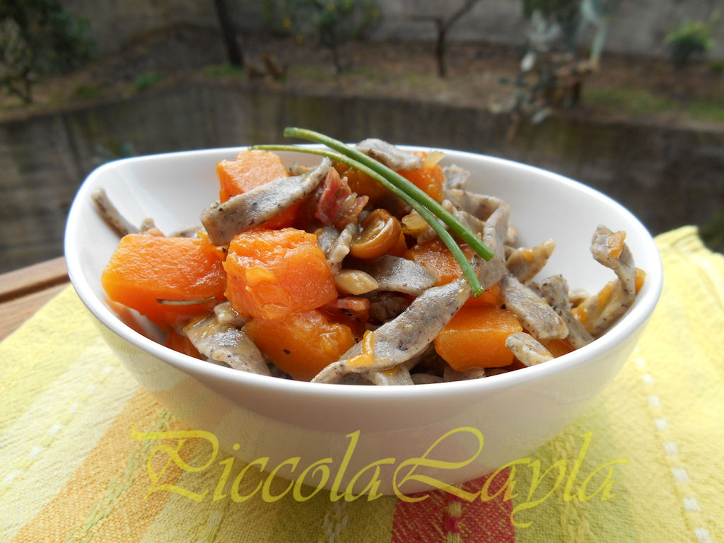 tagliolini saraceni funghi e zucca (13)b