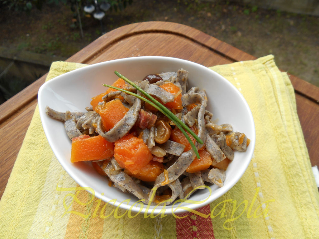 tagliolini saraceni funghi e zucca (14)b
