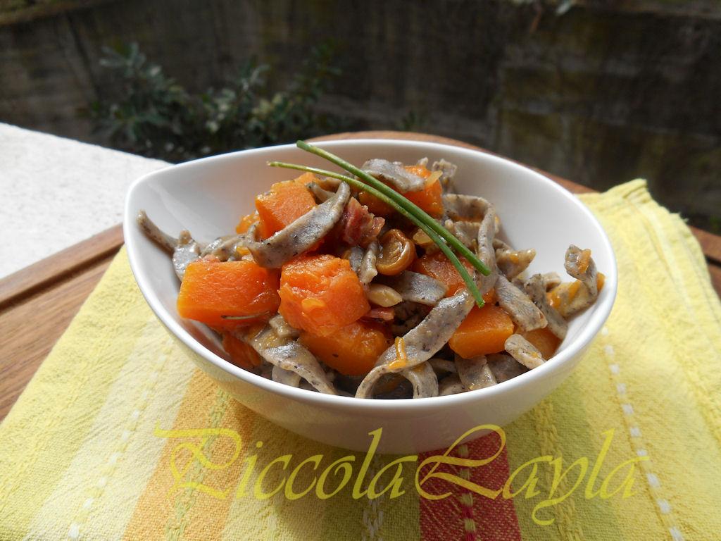 tagliolini saraceni funghi e zucca (5)b