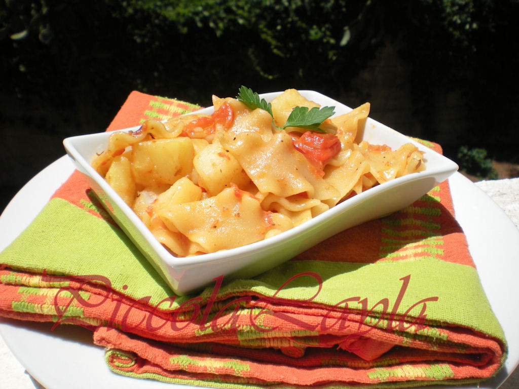 Pasta con peperoni e patate (17)b