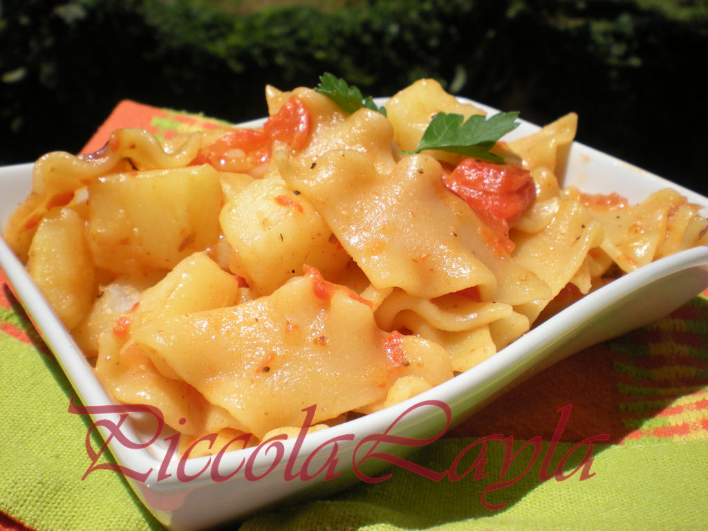 Pasta con peperoni e patate (18)b