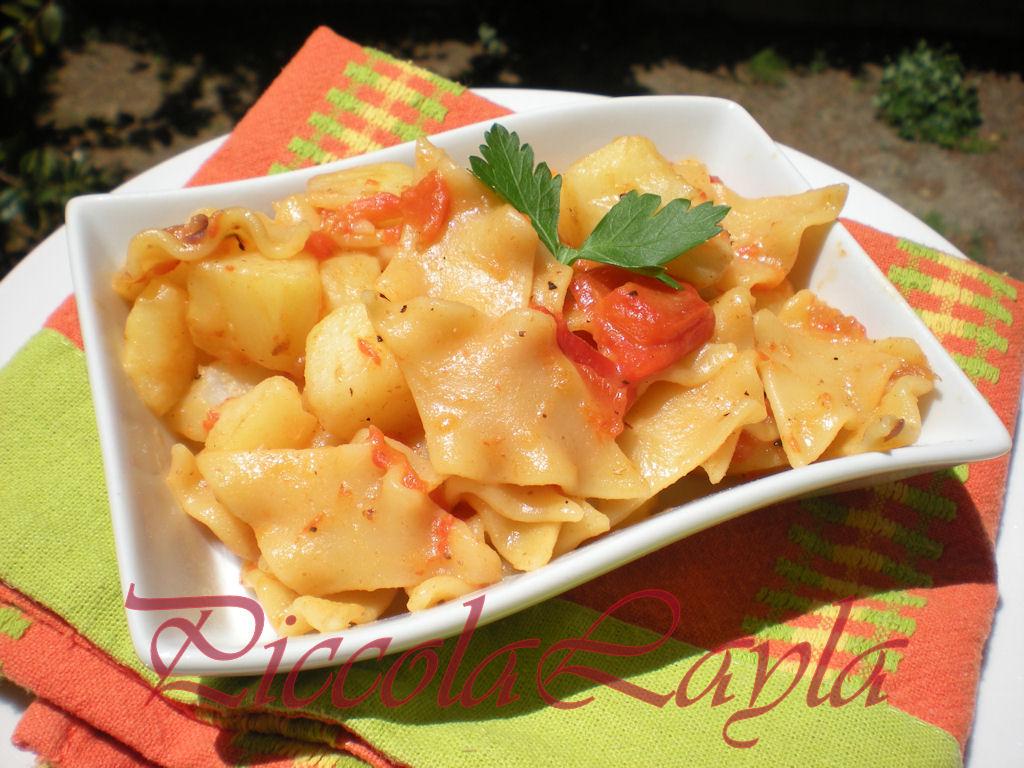 Pasta con peperoni e patate (26)b
