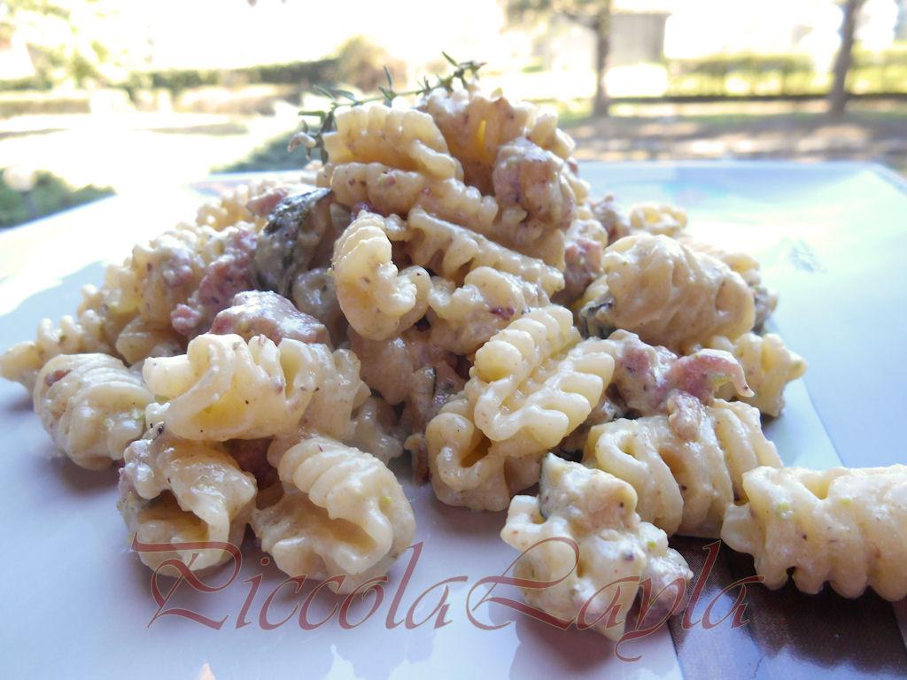 zucchine salsiccia pistacchi (16)b