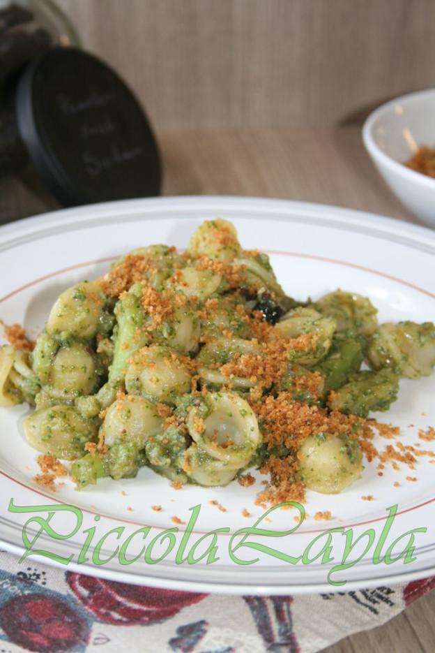 Orecchiette con Broccoli e Pane Fritto