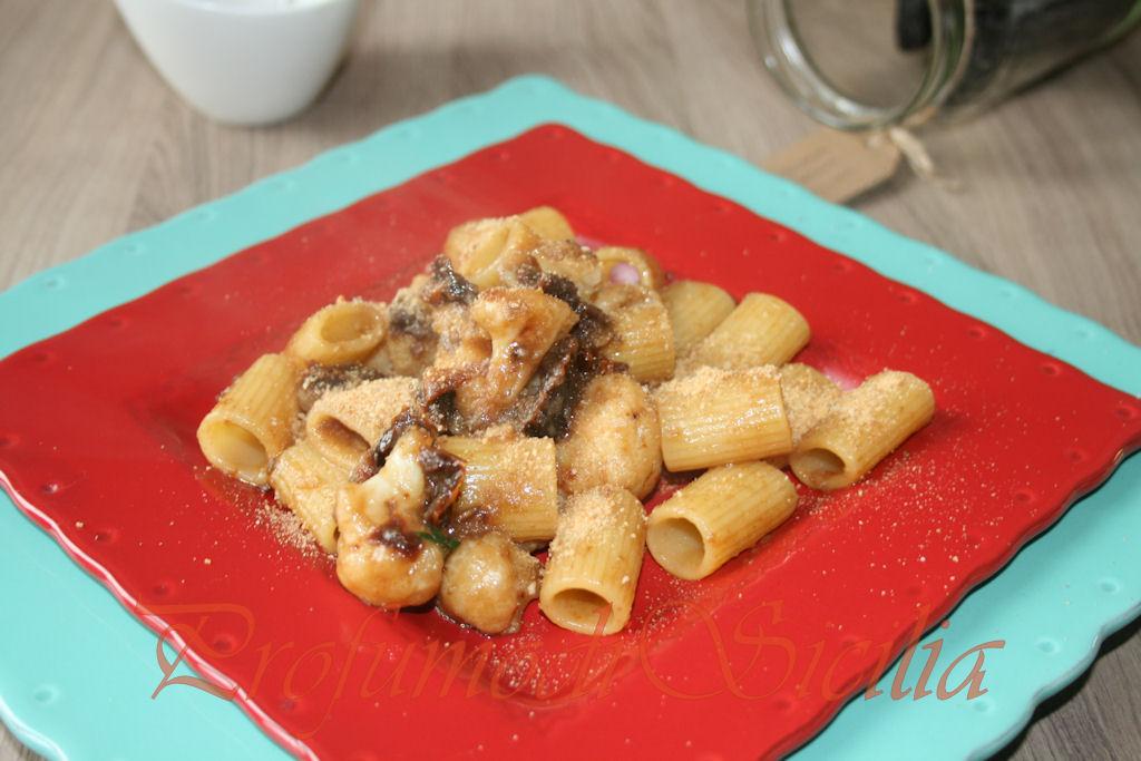 Mezza maniche con Cavolfiore e Pomodori secchi