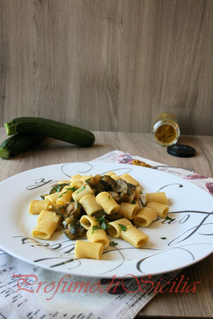 pasta zucchine curry (9)b