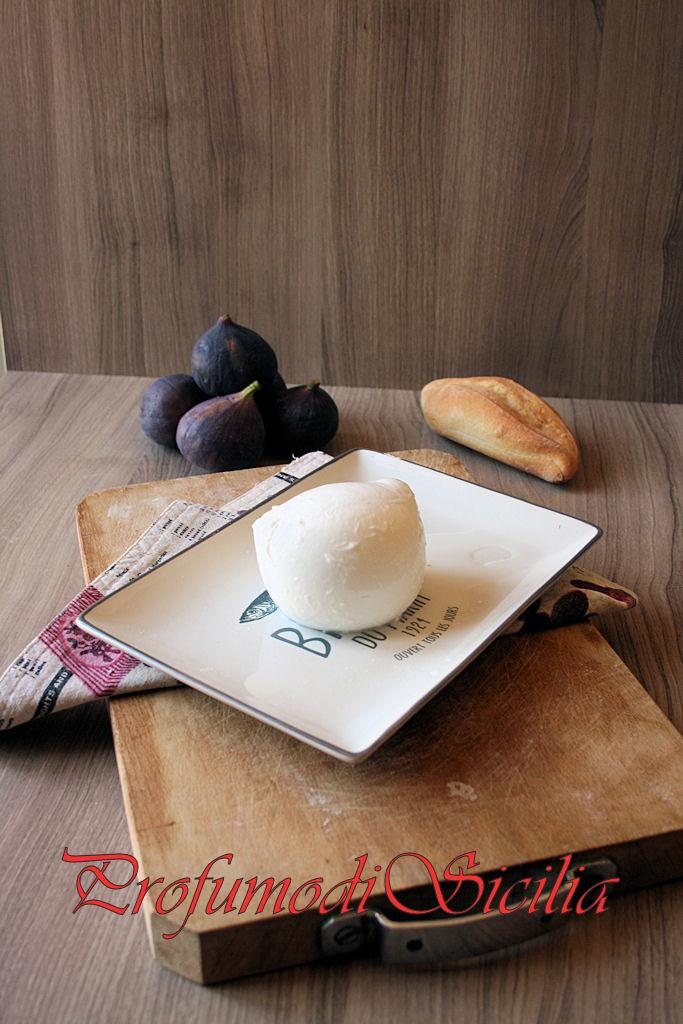 Insalata di Fichi Neri e Mozzarella di Bufala