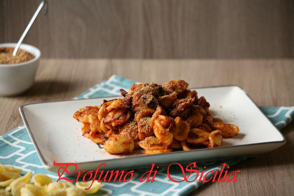leOrecchiette con Alici e Pomodori Secchi