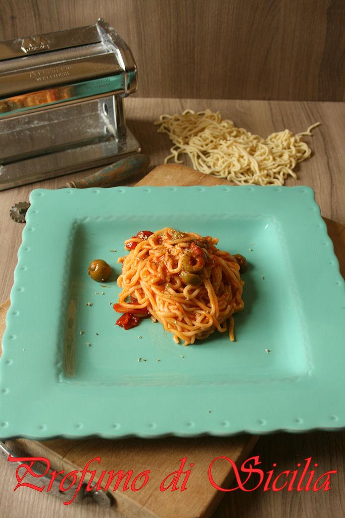 spaghetti_chitarra_olive_origano (15)b
