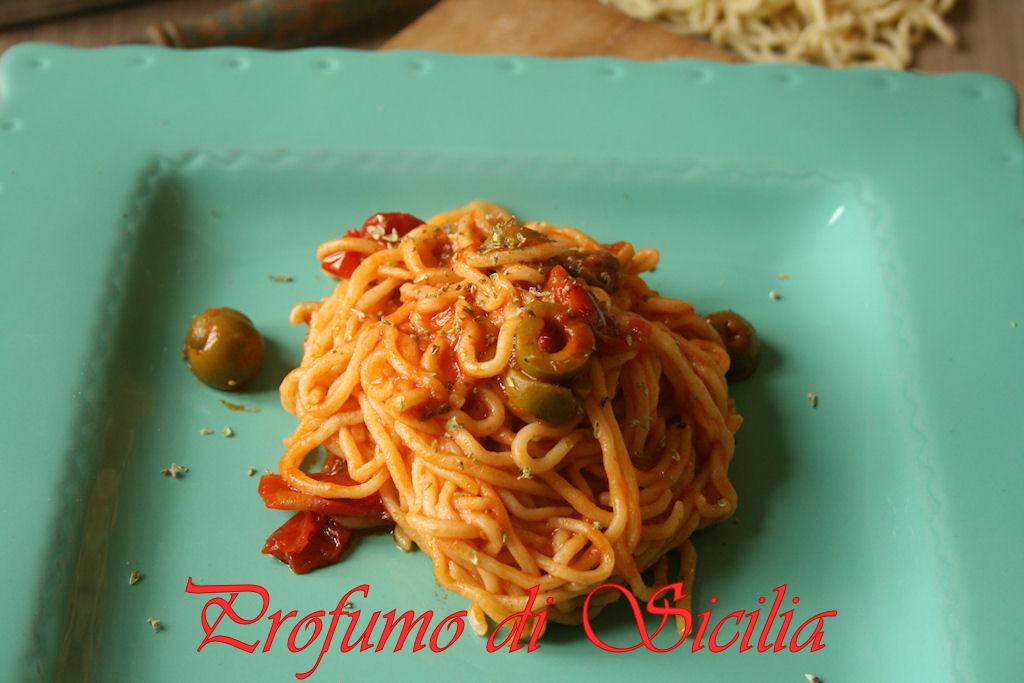 spaghetti_chitarra_olive_origano (24)b