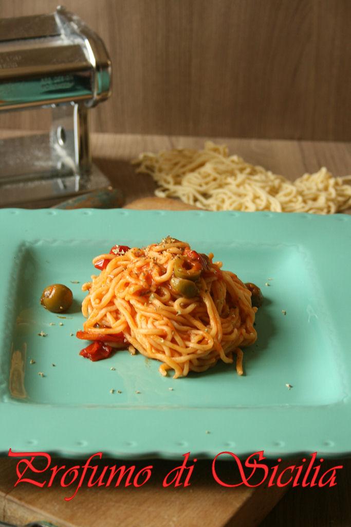 spaghetti_chitarra_olive_origano (9)b
