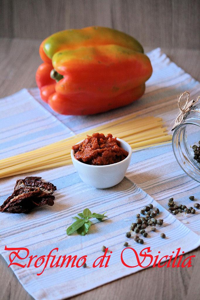 Pesto di Peperoni Grigliati e Pomodori Secchi