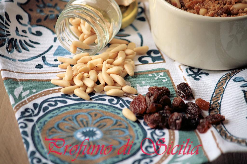 Pinoli e uvetta per le Sarde a Beccafico
