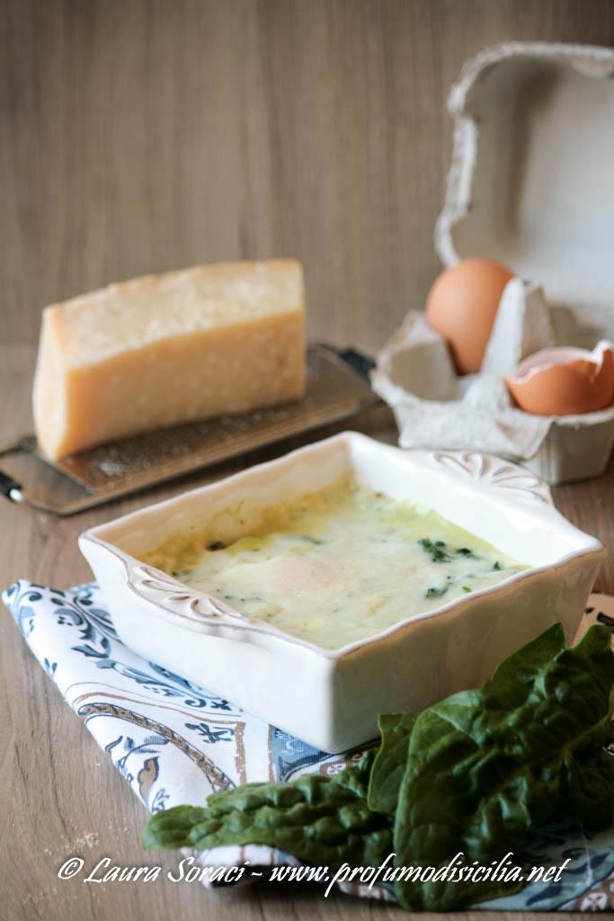 Uova alla fiorentina con spinaci e besciamella