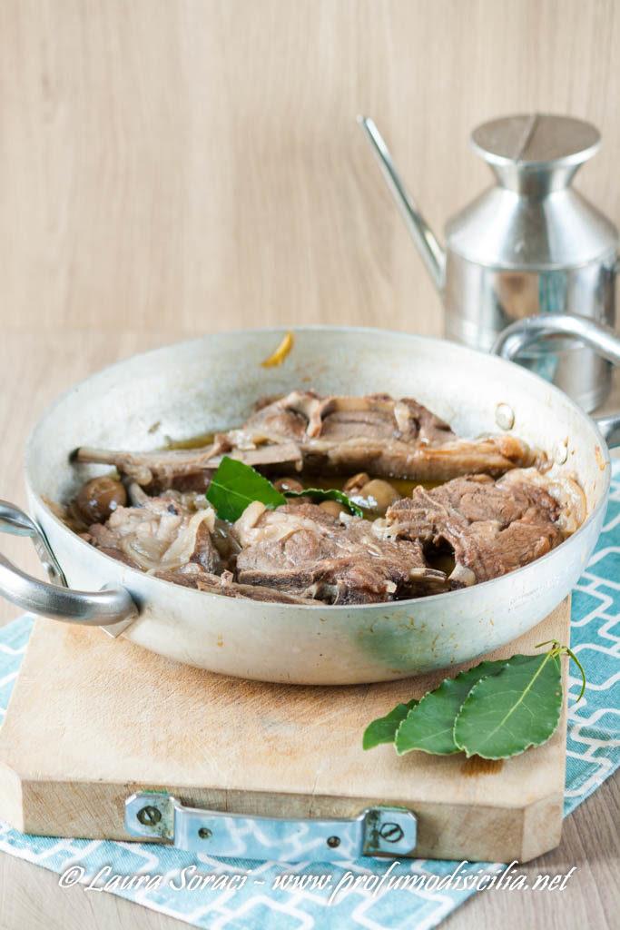 Agnello sardo con Olive Verdi