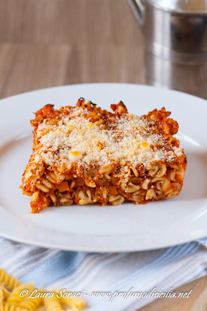Pasta al Forno con Ragù di Tonno
