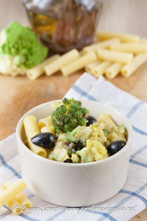 Pasta con Broccolo Romanesco e crema di Alici un piatto speciale da preparare in pochi minuti