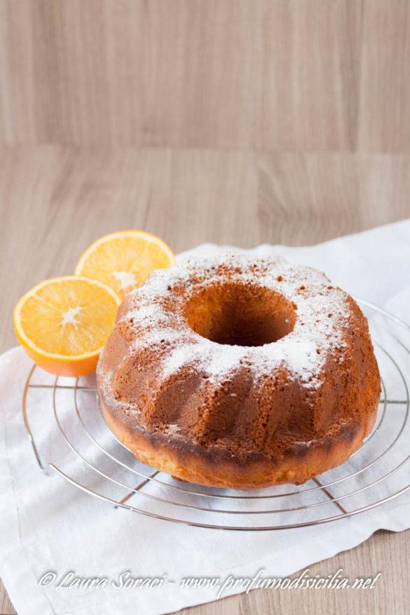 il ciambellone un dolce da colazione, provatelo nella versione con gli agrumi siciliani