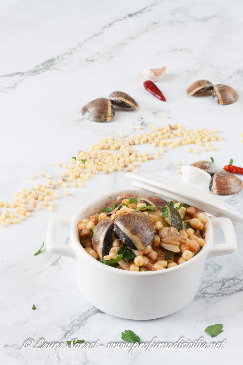 La fregola con vongole e zucchine un piatto sardo buonissimo!